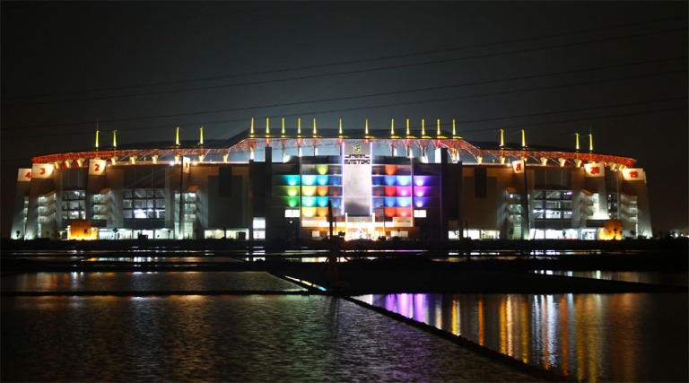 Stadion Bung Tomo Surabaya facade lighting. 2009. As technical support