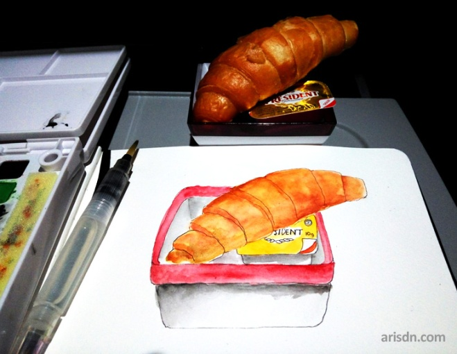 airplane-croissant
