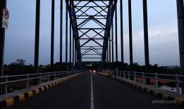 In the center of bridge